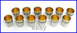 12 gobelets argent massif Minerve, 264 g, style Louis XVI, guillochés, vermeil