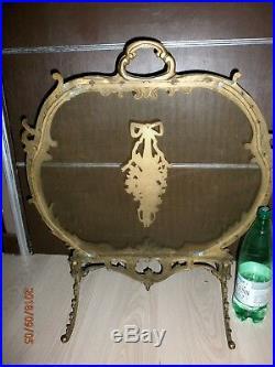 ANCIEN PARE FEU CHEMINEE/BRONZE LAITON/STYLE LOUIS XVI/lon. 62cm, H. 68cm