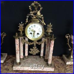 Adorable Pendule Marbre Rose Et Ses Cassolettes Style Louis XVI