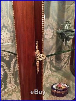Ancien ARGENTIER Style louis XVI marqueté vitrine galbée acajou transition XV