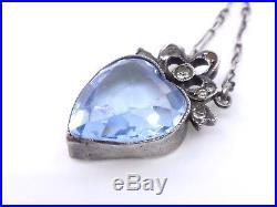 Ancien collier pendentif coeur en argent massif et pierre bleue style Louis XVI
