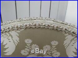 Ancien paravent 4 volets style louis XVI tissu aux motifs floraux