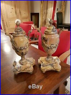 Ancienne paire d'urne en marbre et bronze style Louis XVI fin XIX ème s