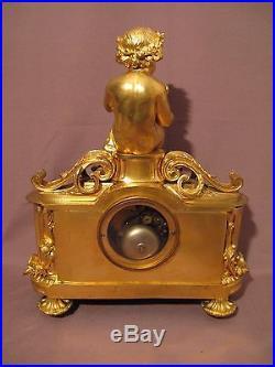 Ancienne pendule en bronze doré et porcelaine style louis XVI époque XIX siècle