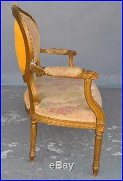 Banquette en bois doré de style Louis XVI 1900