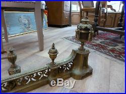 Barre de foyer et porte bûches en bronze style Louis XVI 19ème siècle
