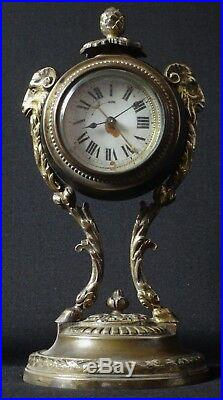Belle pendulette style Louis XVI bronze bélier pendule Old clock XIX