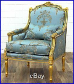 Bergere Style Louis XVI En Bois Dore Et Tissu Bleu Baroque Royal