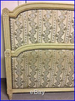 Bois de lit peint style Louis XVI
