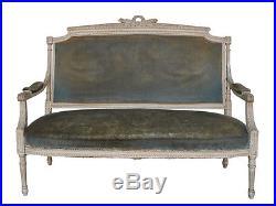 Canapé de style Louis XVI laqué peint dessus velour vert