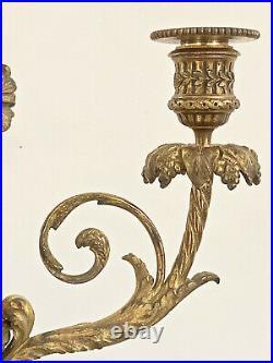 Candélabre en Bronze de style Louis XVI par Thiébaut Frères époque Napoleon III