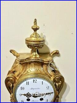 Cartel d'applique de Style Louis XVI en bronze ciselé et doré XIXeme Lepaute