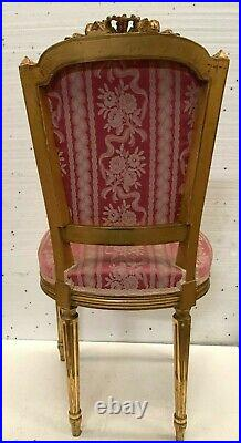 Chaise de style Louis XVI en bois doré XX siècle Fauteuil