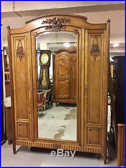 Chambre à coucher style Louis XVI 1920 noyer