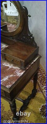 Coiffeuse en noyer style Louis XVI