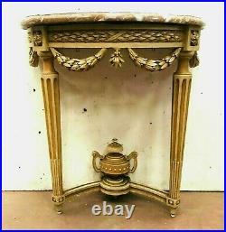 Console de style Louis XVI en hêtre patiné Dessus de marbre XIX siècle