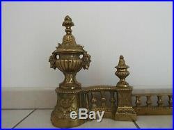 Devant cheminée chenets barre repousse cendres en bronze style Louis XVI