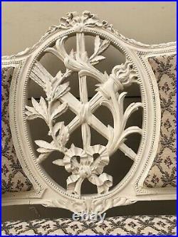 Élégante Banquette En Bois Peint Style Louis XVI