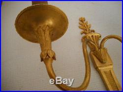 Elegante Paire D'appliques En Bronze Dore De Style Louis XVI / Empire