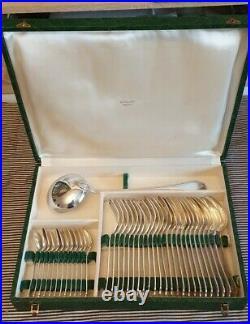 Ercuis modèle Trianon ménagère de 37 pièces métal argenté style Louis XVI Rubans