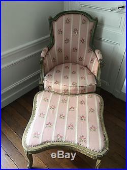 Fauteuil BERGERE patiné tissu NOBILIS style louis XVI repose pieds fleurs roses