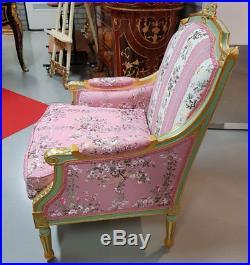 Fauteuil Bergere Style Louis XVI En Bois Hetre Dore Tissu Rose