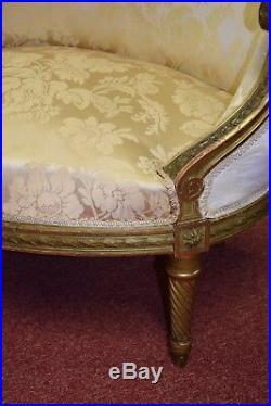 Fauteuil Marquise en bois doré de style Louis XVI, XIXème