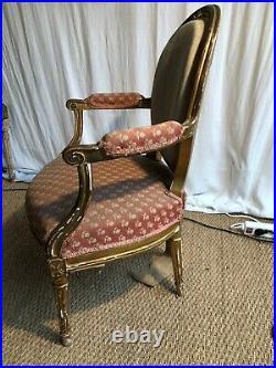 Fauteuil Medaillon Style Louis XVI Debut Du 19 Eme Siecle Bois Dore