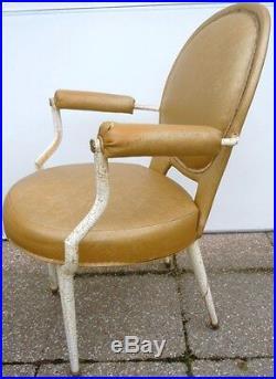 Fauteuil vintage medaillon style Louis XVI fauteuil dlg Andre Arbus