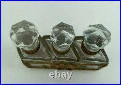 Flacons A Odeur XIX Eme Cristal Monte Bronze Style Louis XVI Napoleon III H2579