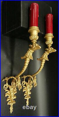 GRANDE PAIRE APPLIQUES, GRIFFONS, STYLE LOUIS XVI DÉBUT 1900 BRONZE 37,5 cm