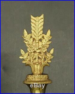 GRANDE PAIRE D'APPLIQUES, AUX TÊTES DE CYGNE, STYLE LOUIS XVI BRONZE 39 cm