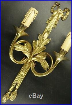 GRANDE PAIRE D'APPLIQUES STYLE LOUIS XVI BRONZE 41 cm 2 paires disponibles