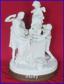 GROUPE BISCUIT de SEVRES N° 270 L'AUTEL DE L'AMOUR style LouisXVI