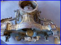 Garniture De Cheminée, Horloge Et 2 Chandeliers, Style Louis XVI, Bronze Doré