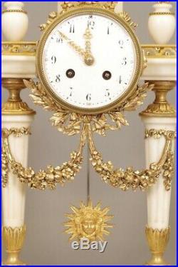 Garniture de cheminée marbre blanc et bronze doré style Louis XVI