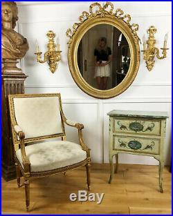 Grand Miroir Ovale D'époque Napoléon III En Bois Doré De Style Louis XVI