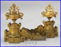 Grande paire de chenets de style Louis XVI, vers 1870