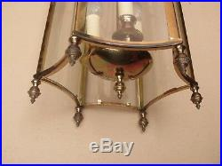 Importante lanterne en laiton de style Louis XVI en état de marche
