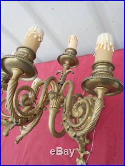 Imposante Paire D' Appliques Debut 1900 De Style Louis 16 En Bronze