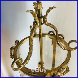 Lanterne ronde style Louis XVI en bronze doré 3 feux Suspension cylindrique