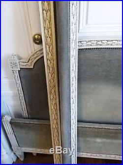 Lit de style Louis XVI en hêtre peint XIXème siècle château Bed castle 19th