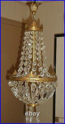 Lustre Montgolfière à pampilles de style Louis XVI