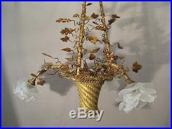 Lustre corbeille de style Louis XVI trois lumières époque XIX ème siècle