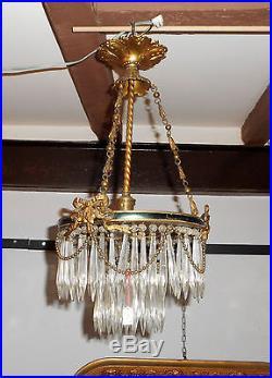 Lustre suspension laiton et verroterie style louis XVI début du XXe siècle