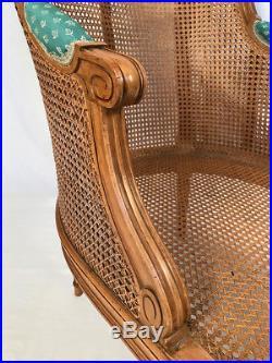 Méridienne et bergère gondole cannées de style Louis XVI