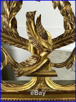 Miroir / Trumeau De Style Louis XVI En Bois Sculpté Et Doré A Decor De Colombes