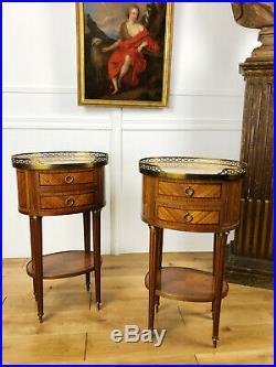 Paire De Chevets Estampillé Gouffé De Style Louis XVI En Marqueterie