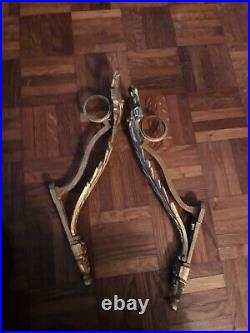Paire d'anciens supports de tringle a rideau en bronze doré Style Louis XVI