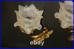 Paire dappliques bronze Style Louis XVI tulipe pate de verre en forme de fleurs